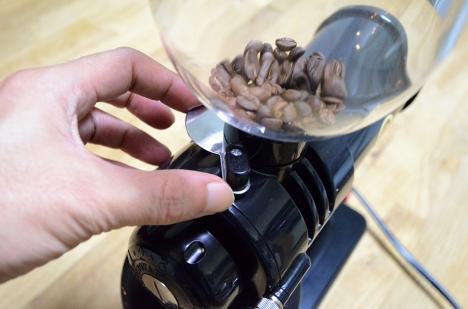 コーヒーミル フジローヤル みるっこDX R-220 13 使い方