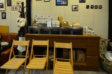 The Cream of the Crop Coffee 清澄白河ロースター 店内椅子