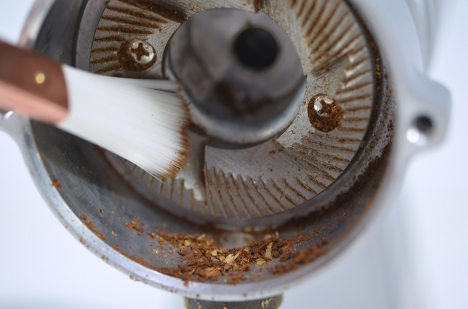 カリタ ナイスカットミル 28 カット刃-本体側 掃除