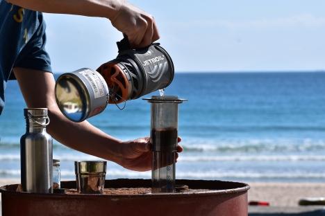 アウトドアコーヒー-多々戸浜-2015秋-05 ジェットボイル エアロプレス