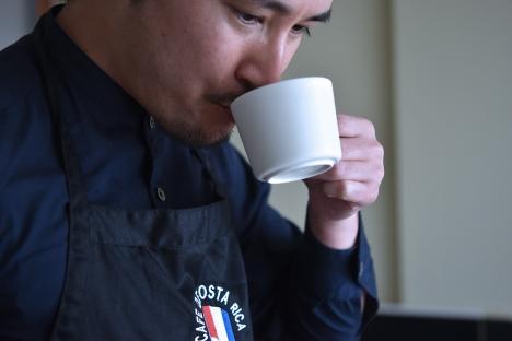 尾籠一誠-コーヒー